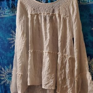 A loveriche sz large cream hue, Boho style shirt